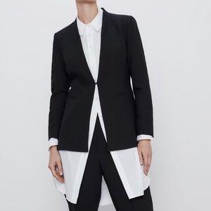 NWT ZARA Blazer With Pockets in Black